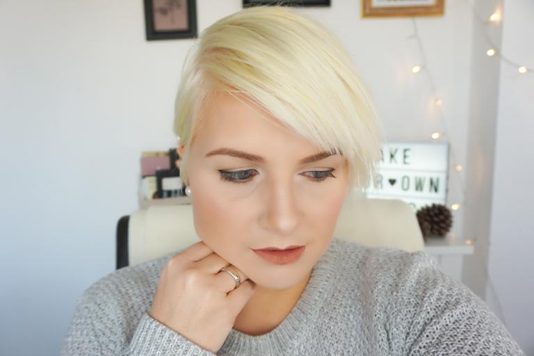 Full Make-Up
